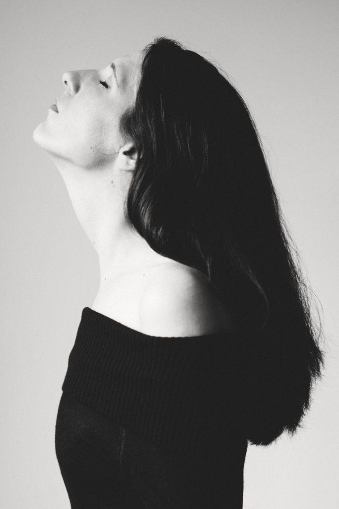Kerstin im Profil. Fotografiert von Astrid Schulz, Bremen.