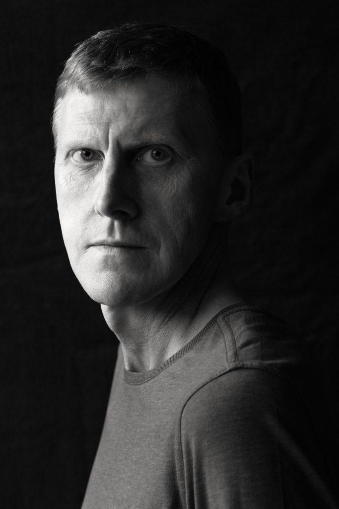 Charakterportrait von dem 54jährigen Peter. Aufgenommen von Fotografin Astrid Schulz aus Bremen.